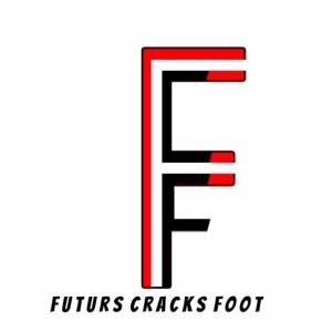 Futurs Cracks Foot